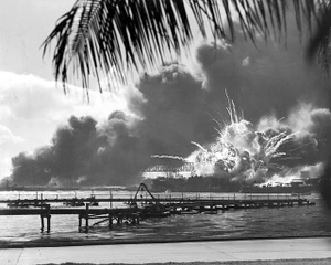 Uss_shaw_exploding_pearl_harbor_nar