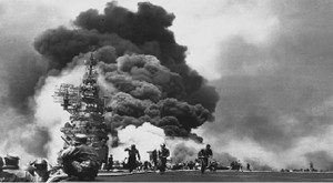 Uss_bunker_hill_hit_by_two_kamikaze